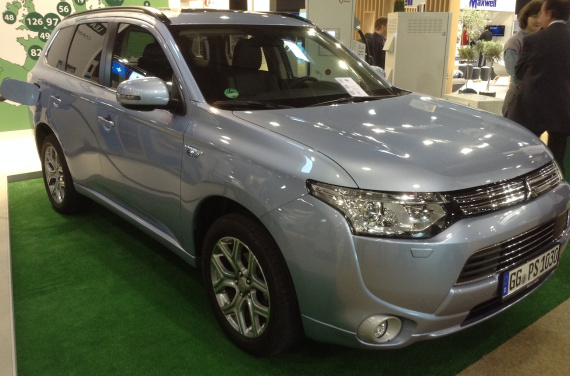 Mitsubishi Outlander PHEV selling well
